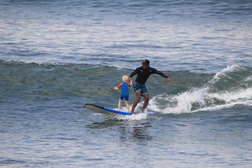nengah-surfguiding-4