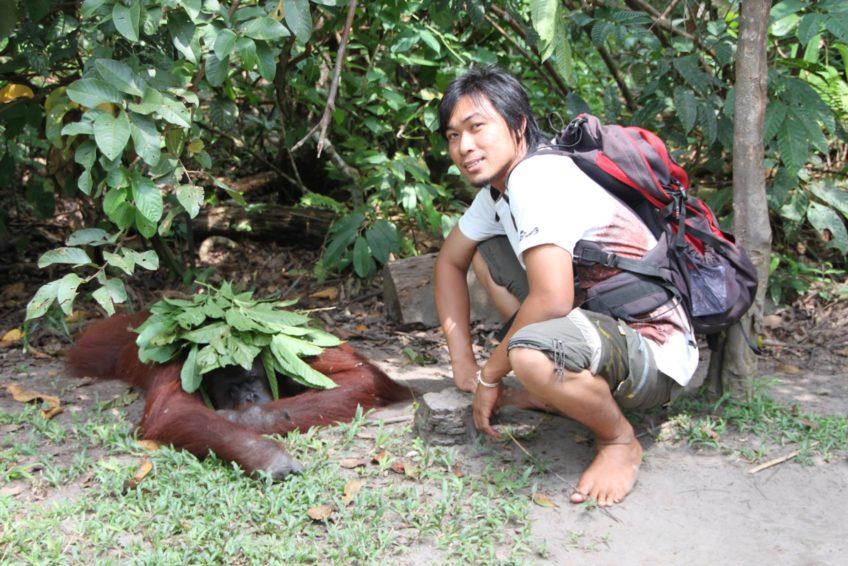 orangutanhouseboattour1