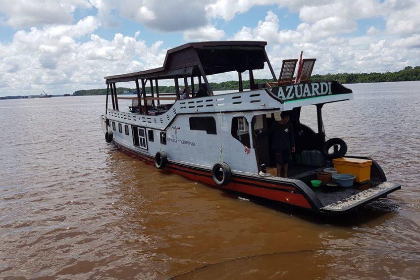 orangutanhouseboattour6