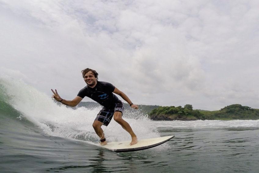 surf-trip-java-erste-barrel