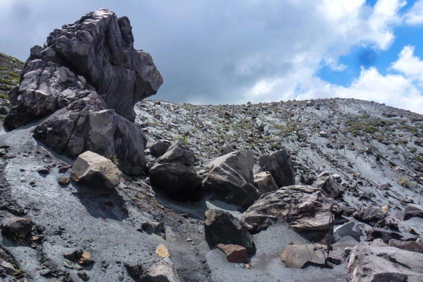 Gunung Lokon Vulkan Trekking