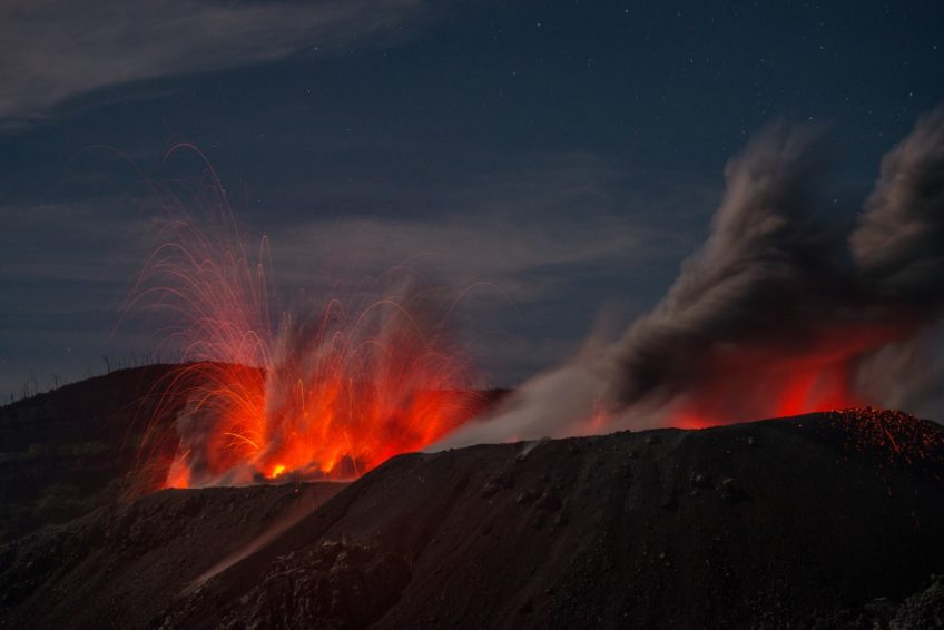 Ibu Vulkan Halmahera 6