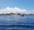 Tauchen-Komodo-Nationalpark-landschaft-uberwasser