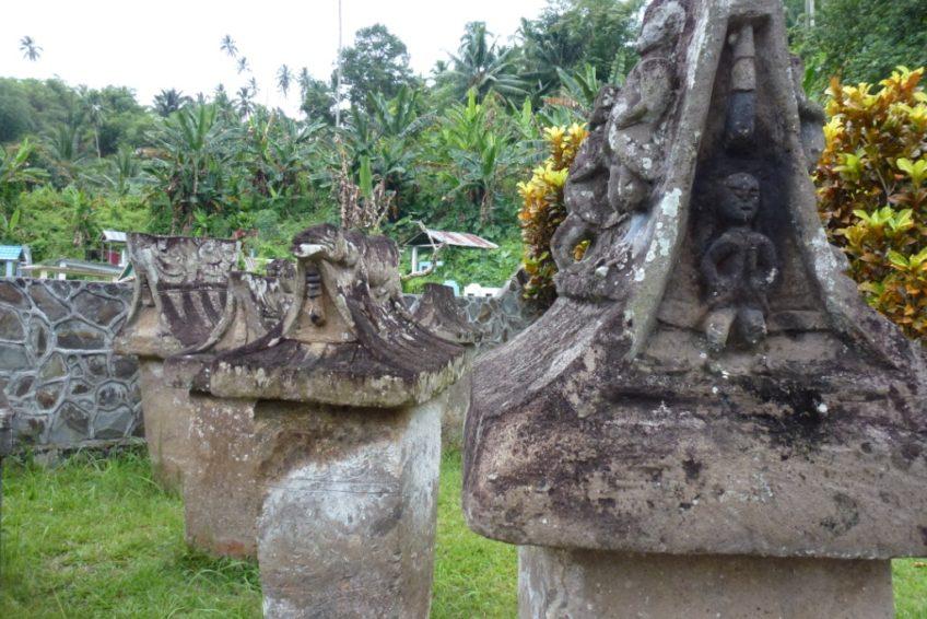 Minahasa Tour-Friedhof