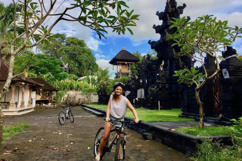canggu-biking-bali-outdoor-sara