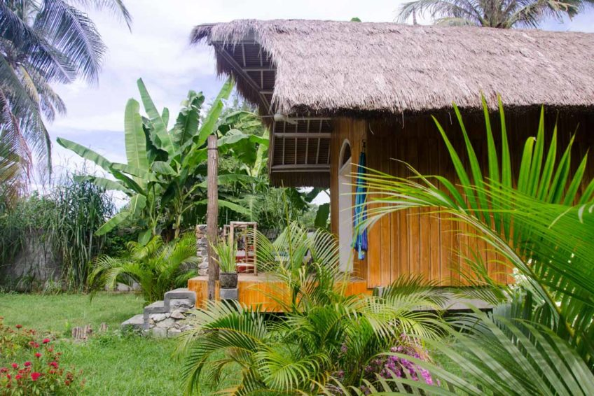 drop-in-surf-lodge-camp-35