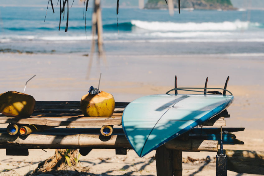 drop-in-surf-lodge-camp-8