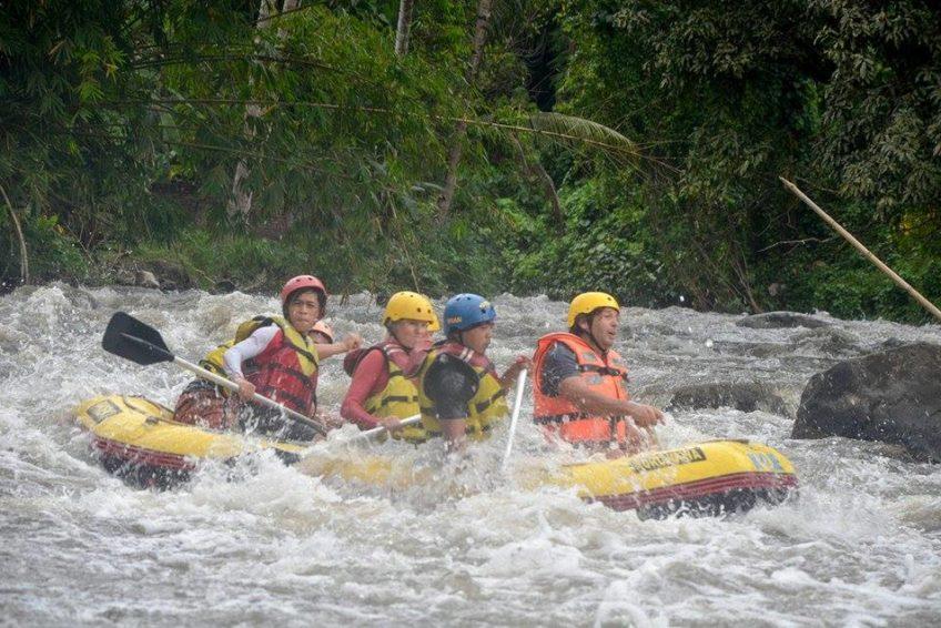 radeln-raften-minahasa_Rafting_Sawangan_River_01