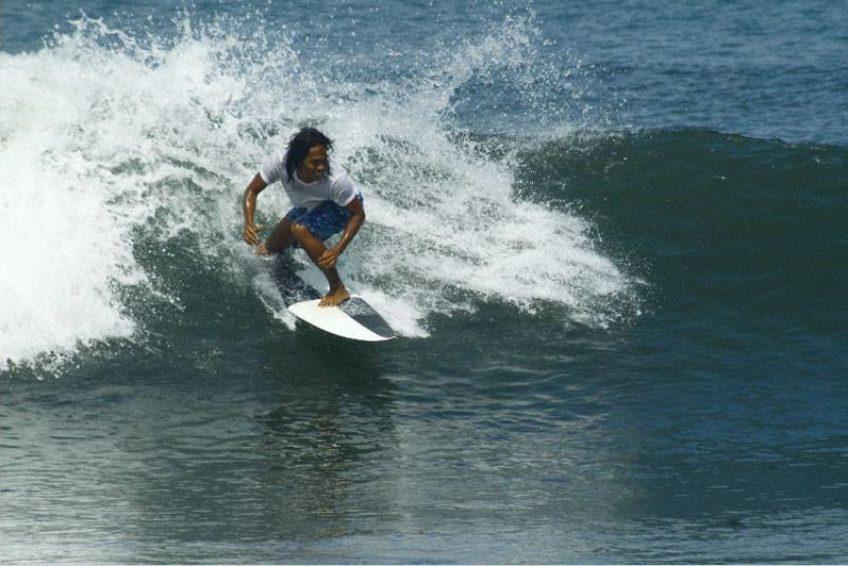 wayan-surfguiding-bali-outdoor