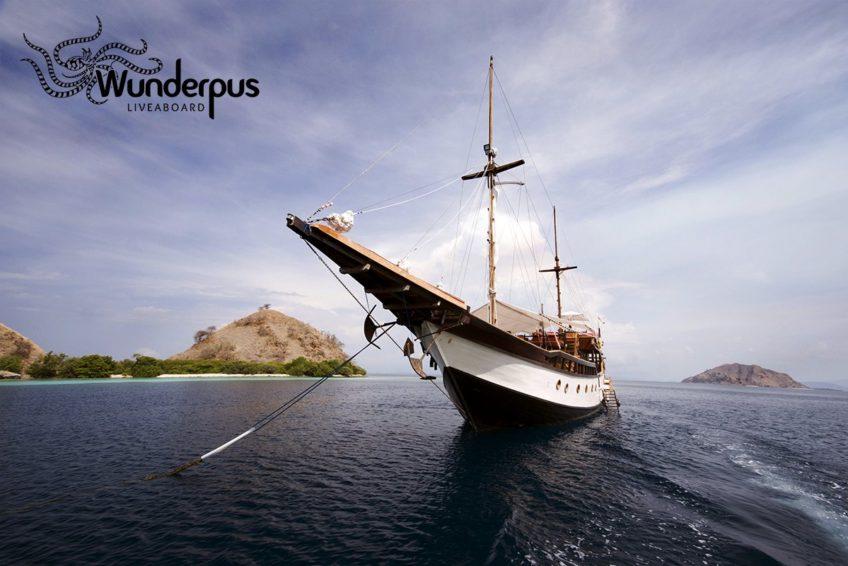 Wunderpus-Liveaboard-Komodo-Frontshot