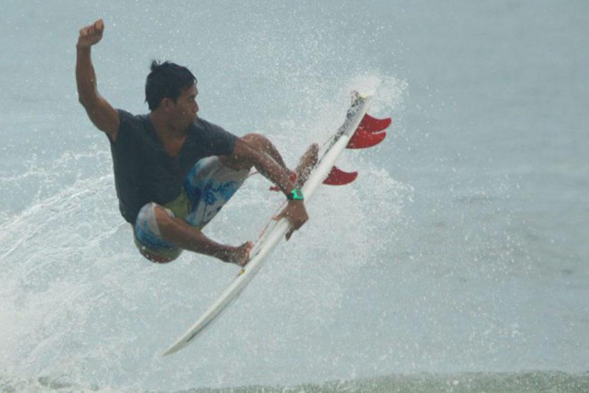 Ayolah Surfing