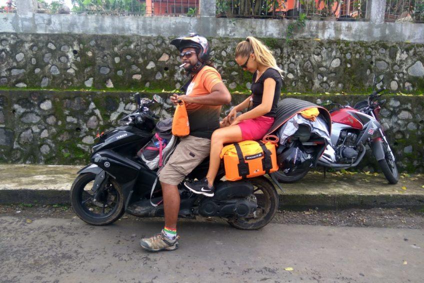 orange-flores-tour-motorbike