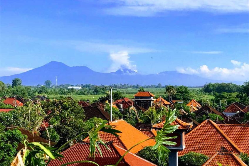 Rooftop Mountain View Udara