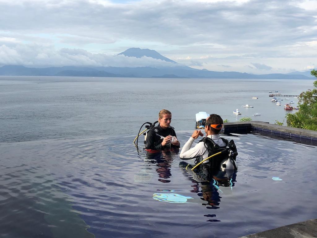 Trainingspool-Warnakali-Dive-Center