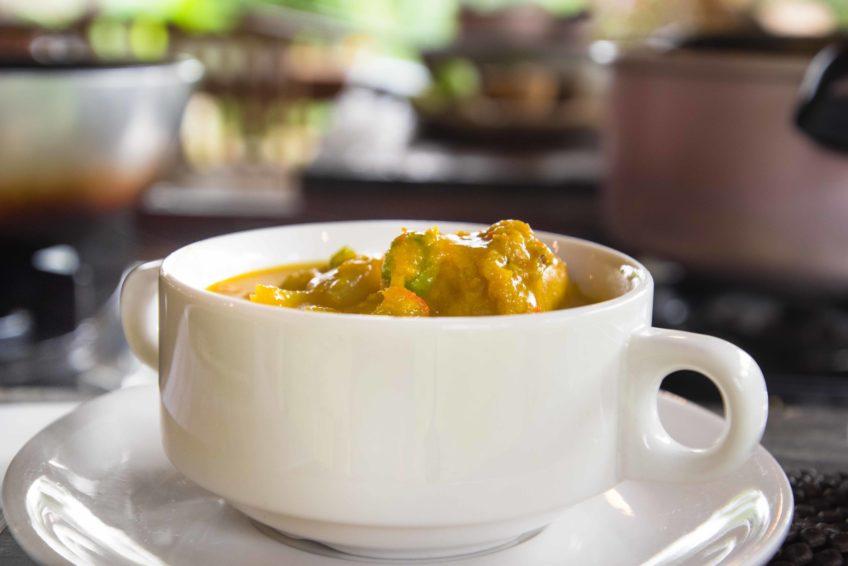 Natürlich darf auch ein selbst gemachtes Curry nicht fehlen